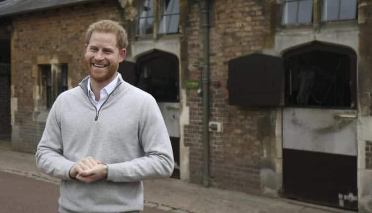 شاهد: فرحة الأمير هاري بإعلان خبر ولادة طفله: أنا أحلّق فوق القمر الآن