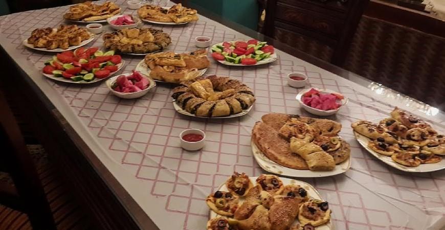مائدة إفطار رمضان مصدر للسعادة لكنها قد تكون سببا للخلاف