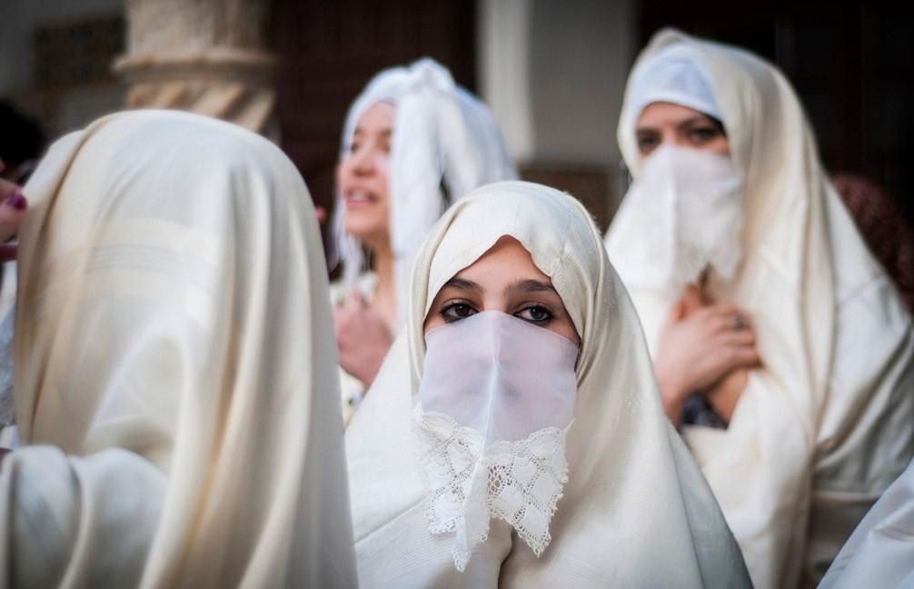 الحايك يعيد المغربيات إلى زمن الذوق الرفيع