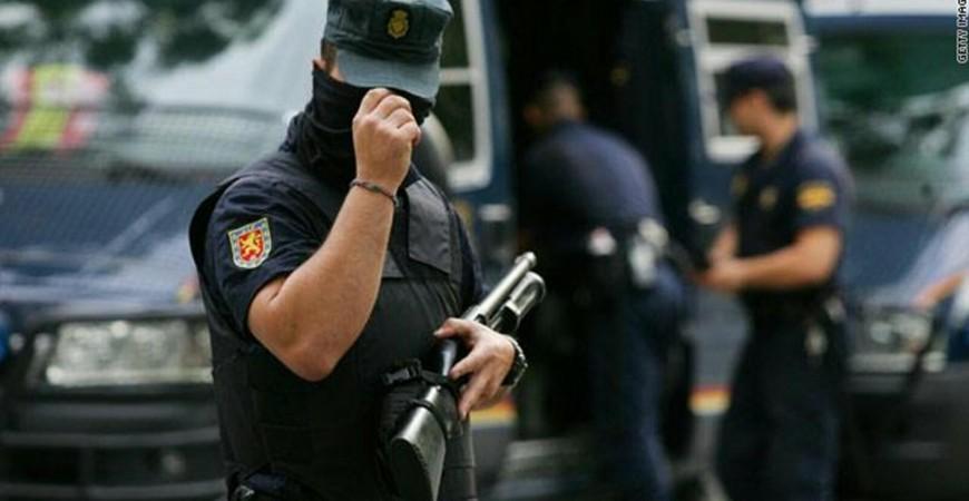المحكمة العليا الإسبانية أصدرت في عام 2002 مذكرة توقيف دولية بحق تيرنيرا