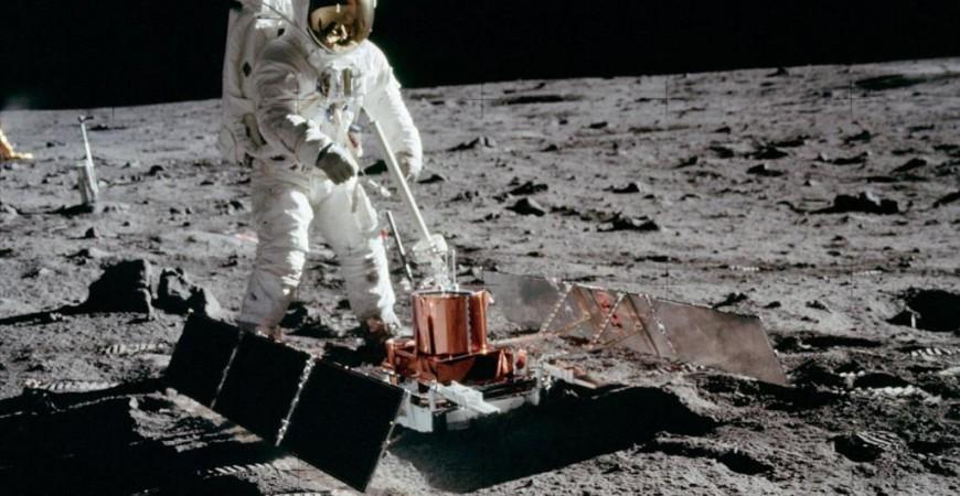 كشفت مركبة الاستكشاف الفضائية التابعة لناسا عن وجود ما يزيد على 3500 منحدر تصدعي على سطح القمر (ناسا)