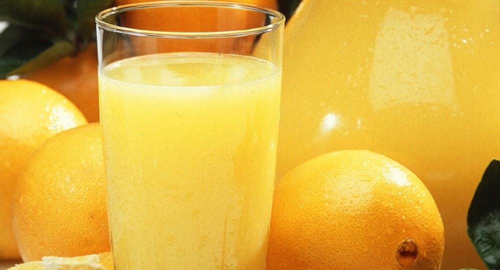 دراسة تحذر: عصائر الفاكهة تزيد فرص الوفاة المبكرة