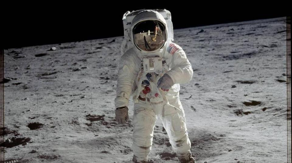 ناسا تخطط لهبوط أول امرأة على سطح القمر في هذا التاريخ