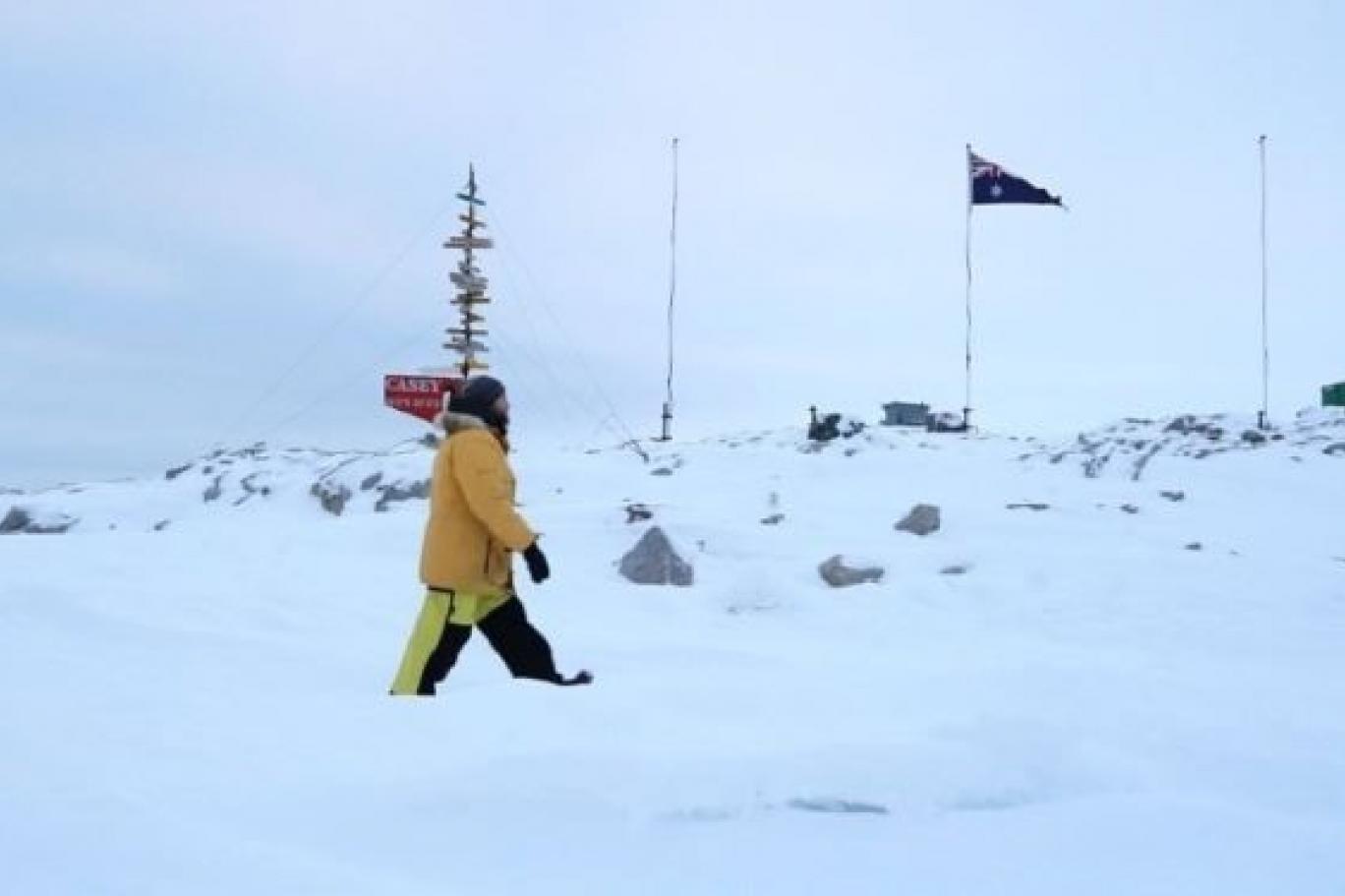 بيانات الأقمار الصناعية تكشف تضاؤل صفائح الجليد في القطب الجنوبي بسرعة أكبر من أي وقت مضى