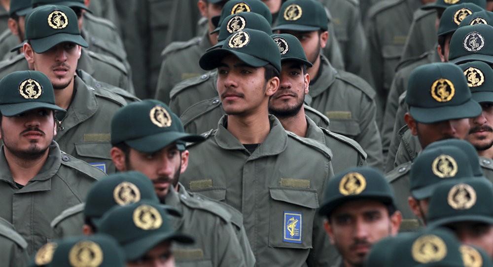 إيران توجه رسالة إلى دول الخليج وتحذر من الخروج عن السيطرة