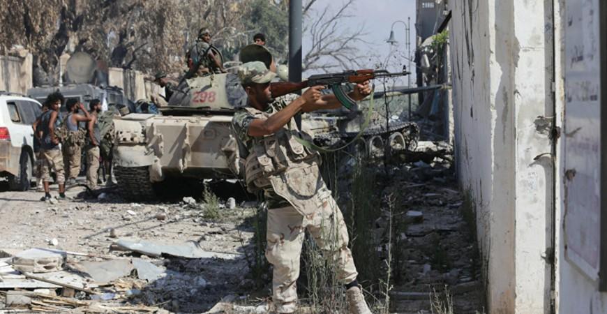اشتباكات عنيفة بالأسلحة الثقيلة على تخوم طرابلس الجنوبية