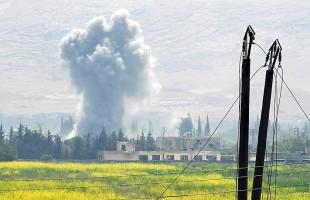 """الجيش السوري يوسع أهدافه ويستهدف """"النصرة"""" في معر حرمة وكفر سجنة بريف إدلب"""