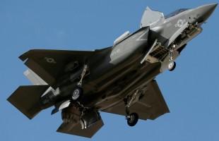 """وكالة: أمريكا تدرس وقف تدريب طياري تركيا على مقاتلات """"إف - 35"""""""