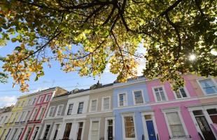 """تراجع أسعار المنازل ببريطانيا مع استمرار حالة """"ضعف"""" الثقة السائدة بين المستهلكين"""