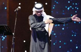 بالفيديو: رابح صقر يبكي على المسرح بعد أدائه لإحدى أغنياته..إليكم السبب!