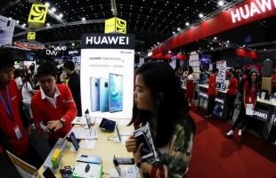 موقف جديد لترامب من هواوي يفاجئ الصين