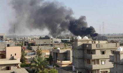 حفتر يخرق هدنة العيد.. قصف واشتباكات في طرابلس