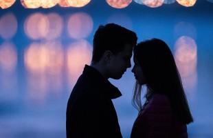 زوجة تكشف عن طريقة للاعتراف بالحب دون الوقوع بالحرج