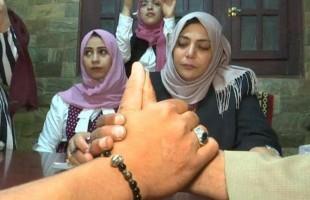 سجلت 3 آلاف زيجة.. مأذونة شرعية تنافس الرجال في مصر