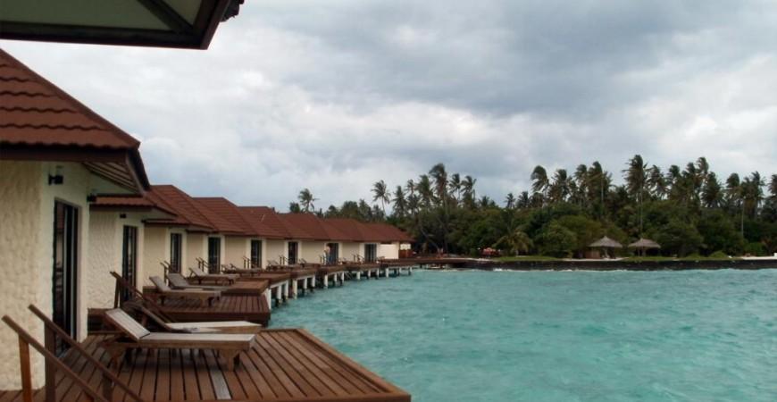 جزر المالديف عاصمة الفلل المائية في العالم ووجهة سياحية آسيوية مفضلة في الخريف (مواقع التواصل)