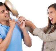 5 طرق للتعامل مع الزوجة المتسلطة