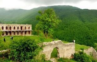 الشمال الإيراني.. وجهة عشاق الطبيعة رغم خطر تقلص مساحات الغابات