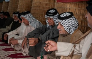 النزاعات العشائرية في العراق تتحدى القانون