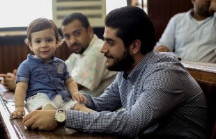 دفن جثمان نجل مرسي بجوار والده