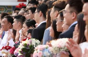 حفل زواج جماعي احتفالا بـهذا التاريخ...صور