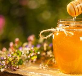 ضبط مستوى السكر في الدم...تعرف على فوائد العسل الملكي