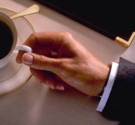 مقابل ألف دولار شهريا... وظيفة متذوق قهوة في 8 مقاهي