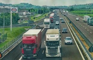 مقتل 36 شخصا على الأقل وإصابة آخرين في اصطدام حافلة بشاحنة شرقي الصين