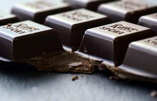 خبر غير سار لعشاق الشوكولاتة الداكنة