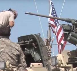 فيديو من داخل القواعد الاميركية.. قوات الاسد تتوجه الى شرق الفرات