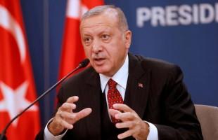 """اشتباكات عنيفة في """"راس العين"""".. وأردوغان يدافع عن """"الجيش الوطني السوري"""""""