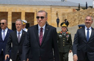 """""""لن نتراجع""""... هجوم """"غير مسبوق"""" من تركيا على """"دول الحصار الجائر"""""""