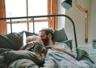 هل العلاقة الجنسية صباحاً مفيدة؟