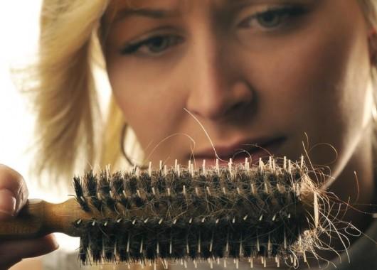 سبب لا تتخيله لتساقط الشعر في الشتاء